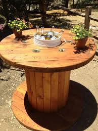 Wohnzimmertisch Felge Die Holz Kabeltrommel Kann Zu Einem Tisch Mit Eiskübel Verarbeitet