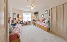 Rooms For Rent With Private Bathroom Windsor Hall Luxury Dorms Vs University Of Florida Dorms
