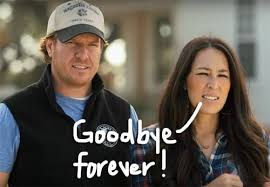 where do chip and joanna live chip joanna gaines get emotional live tweeting the final fixer
