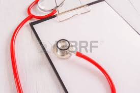 bloc note sur bureau stéthoscope bloc notes sur le bureau en bois comme concept médical