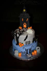 birthday halloween cake 116 best haunted cakes images on pinterest halloween cakes