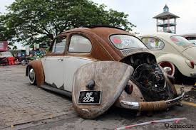 vw thing slammed classic vw beetles in borneo malaysia classiccult