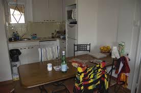küche mit esstisch küche mit esstisch zusammen im wohnzimmer hotel eurogroup domaine