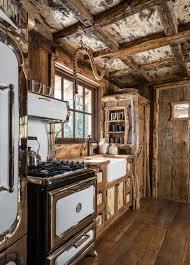 Log Home Kitchens 30
