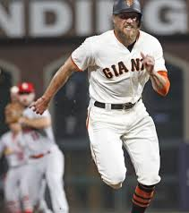 giants u0027 latest loss includes crawford robbed of a homer u2014 by umps