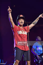 Bruno Mars Bruno Mars 24k Magic World Tour Square Garden Photos