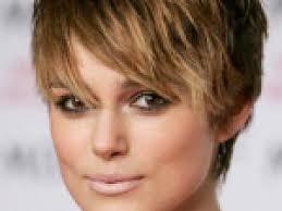 coupe de cheveux visage ovale coupe de cheveux court femme visage ovale par coiffure visage