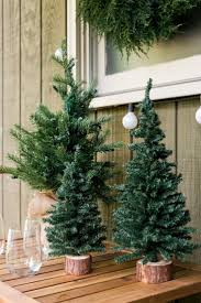 holiday decorated homes 185 best holiday house images on pinterest design room