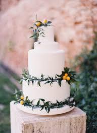 wedding cakes near me wedding cakes wedding inspiration style me pretty
