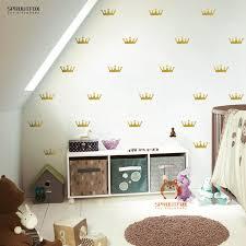 stickers d oration chambre b couronne motif stickers muraux pour chambre d enfant mur
