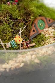 Garden Diy Crafts - make your own hobbiton miniature garden