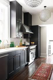 cuisine toute déco on ose une cuisine toute en noir châtelaine