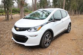 hydrogen fuel cell cars creep 2017 chevrolet bolt ev first drive 240 miles in an electric car