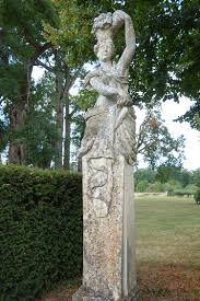statues de jardin en pierre gallery château du plessis fortia official website