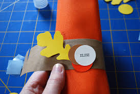 thanksgiving napkin rings using recycled brown paper grocery bags