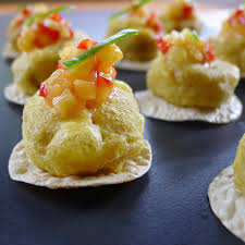 shoing canapé spicy wada with pickled mango vegan peasant catering