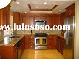 kitchen ideas with oak cabinets and stainless steel appliances small horseshoe shaped kitchen with oak cabinets and