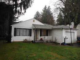 805 se 112th ave portland or 97216 mls 15647205 redfin