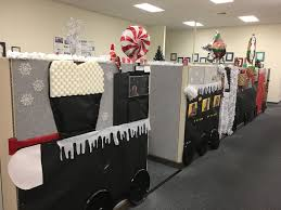 office decorations cubicle office holiday decorating polar express christmas cubicle