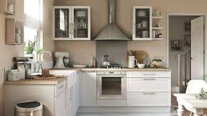 amenager cuisine ouverte modele cuisine ouverte amenagement cuisine moderne meubles rangement