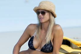 elin nordegren has on the beach in the hamptons page six