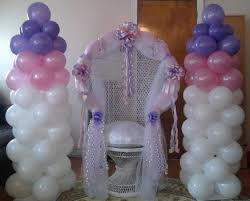 Decorated Baby Shower Chair Decorating A Peacock Wicker Chair Of A Bridal Shower Balloon