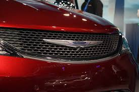 chrysler grill 2017 chrysler pacifica video first look