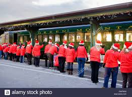 santa u0027s elves greet children polar express train ride and story