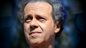 missing richard simmons u0027 host says viral podcast is not u0027a witch