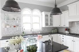 Metropolitan Cabinets And Countertops Washing It White Eggshell Benjamin Moore And Kitchens
