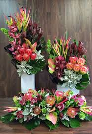flower arrangement pictures with theme best 20 tropical floral arrangements ideas on pinterest