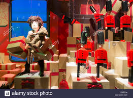 Christmas Window Decorations by Burberry Themed Christmas Window Decorations At Au Printemps