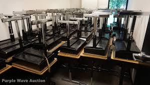 Student Desks For Sale by 80 Student Desks Item Ds9324 Tuesday November 7 Govern