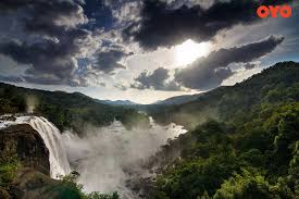 famous waterfalls famous waterfalls in india oyo blog
