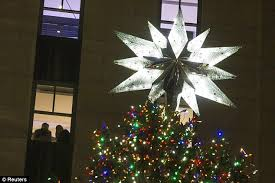 New York Christmas Tree Decorations Uk by Switch Is Flipped For 81st Rockefeller Center Christmas Tree