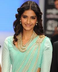farewell hairstyles 20 cute celebrities inspired hairstyles to wear with saree