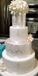 classic wedding cakes with flowers ideas wedding party decoration