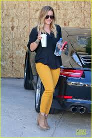 What Color Goes Best With Yellow by Best 25 Yellow Pants Ideas On Pinterest Yellow Jeans Yellow