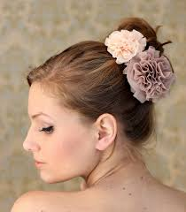 fleurs cheveux mariage mariée ooh something shiny