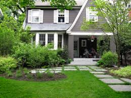 Cape Cod Front Porch Ideas Front Entrance Landscaping Front Yard Landscaping Interlocking