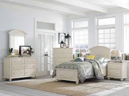 Online Bedroom Set Furniture by Furniture Using Contemporary Broyhill Furniture For Modern Home