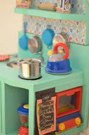 cuisine enfant vintage diy une cuisine enfant en bois à fabriquer à partir de récup