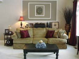 Traditional Decorating Living Room Traditional Wall Decor Eiforces With Regard To