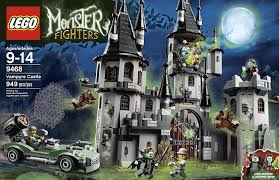 halloween legos amazon com lego monster fighters vampyre castle 9468