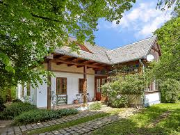Country House Fantastic Holiday In A Stylish U0026 Luxurious Homeaway Pest County