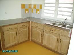 poser plan de travail cuisine cuisine amenagee pose de carrelage plan de travail et placards