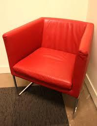 3eme bureau lot 15 4 unites fauteuil a garniture de cuir de marque bb