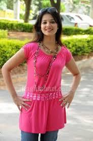 heroine saloni wallpapers saloni in pink dress photos maryada ramanna heroine