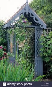 Metal Garden Arches And Trellises Garden Arch Trellis Gardens And Landscapings Decoration