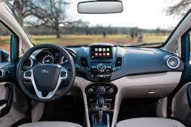 ford fiesta sedan y hatchback 2017 características ford com